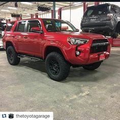 Stopped and saw the guys at @thetoyotagarage today in Bellevue Washington. Always great to visit the shops that use our products. #twitter  #Repost @thetoyotagarage  #Toyota #Toyota4Runner #4Runner #TRD #TRD4x4 #Toyota4x4 #TRDpro #T4R #TRD4Runner #Pro4Runner #ToyotaPerformance #PNW #Lifted #LetsGoPlaces  @toyotaofbellevueaccessories  @toyotaracingdevelopment