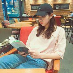 Korean Actresses, Korean Actors, Actors & Actresses, Korean Idols, Chae Soo Bin Instagram, Chae Soobin, Tomboy Look, Kdrama Actors, Androgynous Fashion
