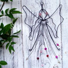 Christmas Crafts For Gifts, Christmas Angels, Christmas Art, Christmas Decorations, Christmas Ornaments, Glue Gun Crafts, Wire Crafts, Copper Wire Art, Wire Jewelry Patterns