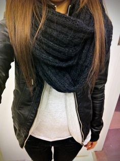 Chunky Scarf And Leather Jacket Unknown Model/Photographer. Love this. I want to knit myself a scarf like this!