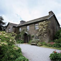 Jigsaw Puzzle-Hill Top, home of Beatrix Potter, near Sawrey, Ambleside, Lake District-400 Piece Jigsaw Puzzle made to order in the UK