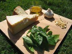 Соус песто. История и место появления. Также в статье есть ссылка на рецепт с этим соусом с Букатини.