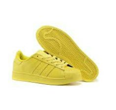 newest 813a5 9b863 Moda, Adidas Superstar, Pharrell Williams, Foot Locker, Adidas Originales,  Amarillo