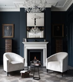 Blue Living Room Decor - Should all rooms in house be same color? Blue Living Room Decor - What color couch goes with blue walls? Modern White Living Room, Dark Living Rooms, Transitional Living Rooms, Home Living, Living Spaces, Living Room Designs, Living Room Decor, London Living Room, Room London