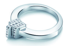 Ring by Efva Attling