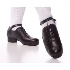 DANZA Irish Jig Hard Dance Dancing Shoes Genuine cowhide Leather Hand Made - Child and Adult sizes Irish Dance Shoes, Dancing Shoes, Irish Jig, Irish Step Dancing, Leather Ballet Shoes, Rory Williams, Allison Williams, Cowhide Leather, Dance Wear
