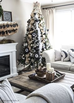 How to Decorate a Christmas Tree AKA DESIGN CHRISTMAS TREE