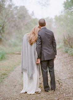 Autumn #engagement photos | Photography: Elizabeth Messina - kissthegroom.com  Read More: http://www.stylemepretty.com/2014/04/29/romantic-ojai-engagement/