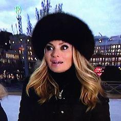 Carolina Gynning wearing HPI, when skating with Ebba von Sydow in Kungsträdgården, as seen on Swedish Television programme Go'Kväll #hpiofsweden #furhats #furluxury #skating #winter #christmas
