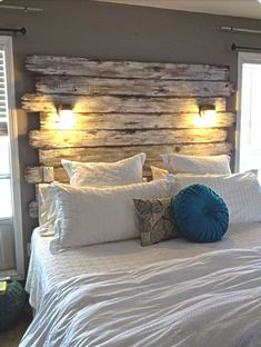Rustic Farmhouse Master Bedroom Ideas, When sharing your home, it's ideal, to start out with, the master bedroom. The master bedroom is among the main rooms in the ordinary home. Rustic Bedroom Furniture, Pallet Furniture, Home Decor Bedroom, Diy Bedroom, Bedroom Rustic, Furniture Design, Trendy Bedroom, Furniture Ideas, Bedroom Beach