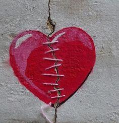 Ter o coração partido não é fácil. Dói, machuca! Mas você já pensou no quanto uma decepção pode te ajudar no seu caminho?
