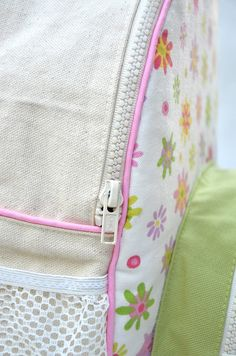 ikat bag: Zip A Bag Chapter 15: Backpacks With Zippered Gussets