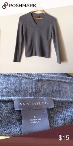 Ann Taylor Sweater Great used condition Ann Taylor Sweaters