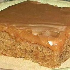Texas Sheet Cake made with peanut butter instead of chocolate! Wonderfully moist with a delicious peanut butter frosting,, Peanut Butter Sheet Cake makes 1 - inch pan Ingredients: 1 teaspoon va 13 Desserts, Dessert Recipes, Recipes Dinner, Yummy Treats, Yummy Food, Fun Food, Sweet Treats, Sheet Cake Recipes, Sheet Cakes