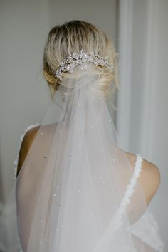 An ethereal beauty of rich harmonic layers, the Evening crystal headpiece is hauntingly beautiful and decadent on every level. The colour palette of soft silver, antique silver and mushroom tones has… Headpiece Wedding, Wedding Veils, Bridal Headpieces, Vail Wedding, Bridal Hair Updo With Veil, Crystal Wedding Dresses, Wedding Garters, Wedding Signs, Wedding Bride