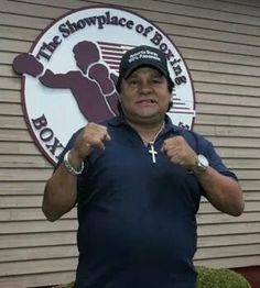 Four time World Division Champ and Hall of Famer,Roberto Duran