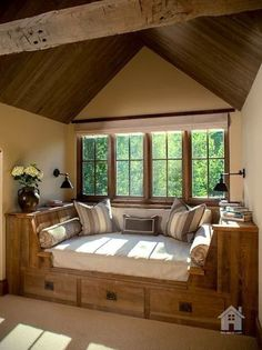 Window seat 25 cozy interior design and decor ideas for reading nooks cozy nook, cozy Sweet Home, Cozy Nook, Cozy Corner, Corner Bench, Cozy Den, Home And Deco, Home Fashion, My Dream Home, Dream Life