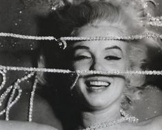 Marilyn Monroe by Bert Stern, 3 day photoshoot for Vogue at Bel Air Hotel on June 1962 - The Last Sitting Marilyn Monroe Diamonds, Marilyn Monroe 1962, Marilyn Monroe Photos, Bert Stern, Bel Air, Sparkle Image, Milton Greene, Lonely Girl, Celebrity Portraits