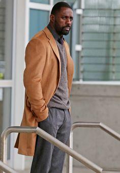 Ben Bass Mountain Between Us Idris Elba Brown Coat My Black Is Beautiful, Gorgeous Men, Beautiful People, Sharp Dressed Man, Well Dressed Men, Raining Men, Classic Man, Gentleman Style, Looks Style