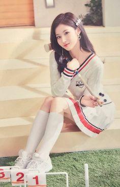 Twice Kpop Sana Signal - Bing images Kpop Girl Groups, Korean Girl Groups, Kpop Girls, Nayeon, K Pop, Asian Woman, Asian Girl, Sana Cute, Twice Photoshoot