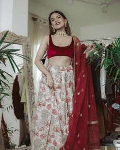 ShaadiSaga is back yet again to solve your 'what to wear' blues. We know how it is such a nerve-wracking task to decide upon your outfits wh Indian Lehenga, Red Lehenga, Lehenga Choli, Anarkali, Lehenga Designs, Saree Jacket Designs, Indian Outfits Modern, Indian Designer Outfits, Designer Dresses