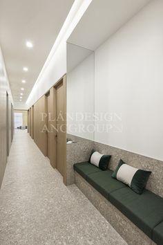 Dental Office Decor, Medical Office Design, Healthcare Design, Clinic Interior Design, Clinic Design, Hotel Corridor, Corridor Design, Hospital Design, Lobby Design