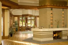 New Prairie Style Residence - River Forest, IL - Interior Modern Prairie Home, Prairie Style Houses, Craftsman Interior, Craftsman Style, Prairie Style Architecture, Interior Design And Construction, Construction Services, Art Deco Buildings, Building A House