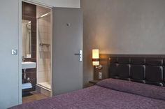 Double Room and Bathroom with shower
