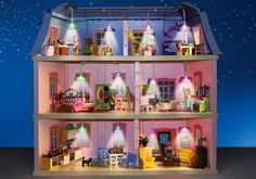 Accessoires: 1 Light Set for Deluxe Dollhouse 1 wall with light switch and wall lamp, 4 lamps with cable, 2 connecting plugs Games To Buy, Games For Kids, Lps Toys, Lego Animals, Barbie, Lego House, Lol Dolls, Decoration, Kids And Parenting
