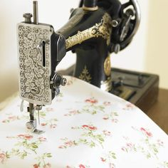 Charlotte Rose Floral Pvc / Oilcloth Tablecloth Vintage Style Fabric By The Half Metre