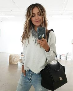 "JULIE SARIÑANA on Instagram: ""Simple in my go-to @shop_sincerelyjules Stella sweatshirt! 