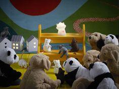 Tu fiel y mullido compañero de juegos, GOSIG GOLDEN. (18,99€) Ikea, Dinosaur Stuffed Animal, Deco, Toys, Animals, Aurora, Kids Lighting, Game Night, Nativity Scenes