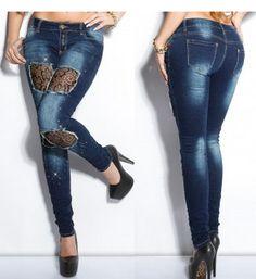 Jeans bleu foncé avec de la dentelle