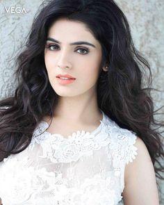 Actress #LuckySharma Latest Photo Shoot #Vega #Entertainment #VegaEntertainment Kareena Kapoor Khan, Deepika Padukone, Cute Girl Photo, Ranveer Singh, Priyanka Chopra, Girl Names, Supergirl, Bollywood Actress, Girl Photos
