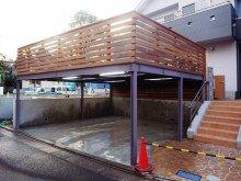 下が駐車場の広いスペースのデッキ Carport Designs, Rooftop Deck, Breezeway, Backyard, Patio, Outdoor Living, Outdoor Decor, Cool Rooms, Exterior Design