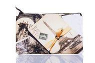 "Clutch supradimensionat din piele naturala imprimata ""Carte postala Eiffel"""