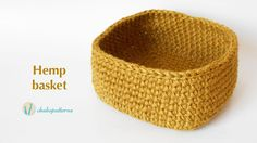 This crochet accessory for the home is made with hemp yarn which has a different and interesting texture. It's also perfect to decorate. This type of yarn is...