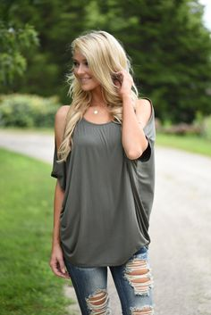 Heart on My Sleeve Top - Olive – The Pulse Boutique