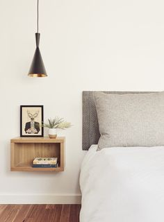 Floating Shelf As Bedside Table In White, Grey And Oak Bedroom - Image From Deco. - Emma Lee home Oak Bedroom, Bedroom Lamps, Modern Bedroom, Bedroom Decor, Bedroom Ideas, Stylish Bedroom, Design Bedroom, Bedroom Furniture, Bedroom Inspo Grey