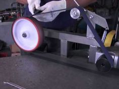 A very nice DIY belt sander design using a low cost angle grinder to power it. This is going to be my base design.