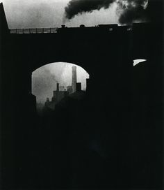 liquidnight: Bill Brandt Newcastle, 1937 From The Photography of Bill… Man Ray, Bill Brandt Photography, Urban Photography, Photography Women, Vintage Photography, Film Photography, Harlem Renaissance, High Contrast Images, Art Deco
