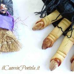 dita di strega biscotti Carrots, Strega, Vegetables, Carrot, Vegetable Recipes, Veggie Food, Veggies