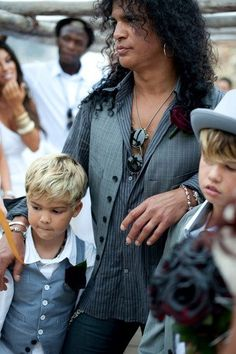 Slash and Perla - Slash Photo (24970103) - Fanpop fanclubs