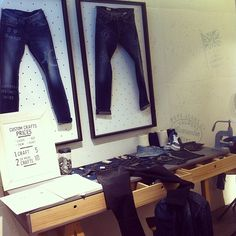 Mónica de Tomás (Monimoleskine) visits our #PepeJeansCustomStudio