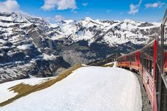 Going to Jungfraujoch - Top of Europe? Get essential tips for your trip to the highest train station in Europe meters), including tickets and weather. Scenic Train Rides, Switzerland Vacation, Jungfraujoch, Swiss Railways, Swiss Alps, Train Station, Mount Everest, Europe, Adventure