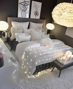 Small and Stylish Bedroom Design Trends and Ideas in 2019 Part 34 Bedroom Decor For Teen Girls, Small Room Bedroom, Room Ideas Bedroom, White Bedroom, Home Decor Bedroom, Small Rooms, Bedroom Furniture, Ikea Bedroom, Teen Bedroom Makeover