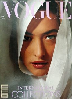 35 covers Vogue UK October by Albert Watson. Vogue Italia April and October by Hiro. Vogue US May by Richard Avedon. Vogue UK June and Vogue Australia July Vogue UK October and November by Herb Ritts. Vogue UK March and May Vogue Paris June-July and… Vogue Uk, Vogue Fashion, Look Fashion, Vogue Russia, Vogue Paris, High Fashion, Vogue Magazine Covers, Fashion Magazine Cover, Fashion Cover