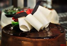 by PhotoLeoGrapher Chocolate Fondue, Sweet Tooth, Meals, Desserts, Food, Tailgate Desserts, Deserts, Meal, Essen