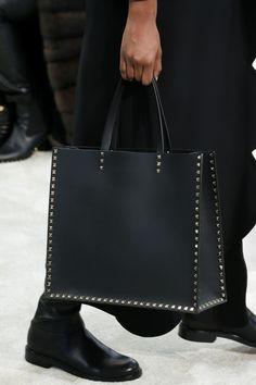 Défilé Valentino prêt-à-porter femme automne-hiver 2018-2019 Femme