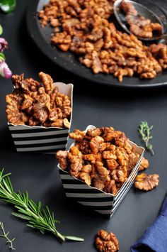 These spiced roasted walnuts make the perfect salad topper or healthy snack. Easy, versatile, and done in 20 minutes. They are gluten-free and vegan. Spiced Walnuts Recipe, Roasted Walnuts, Spicy Walnuts, Spiced Nuts, Eating Raw, Clean Eating, Healthy Snacks, Healthy Recipes, Appetizers